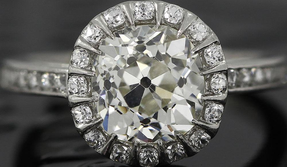 Yoram F - Antique Old Mine Cut Diamond set in a platinum ring