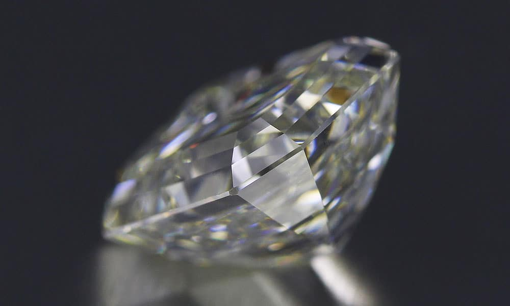 Vintage Emerald Cut Diamond side view