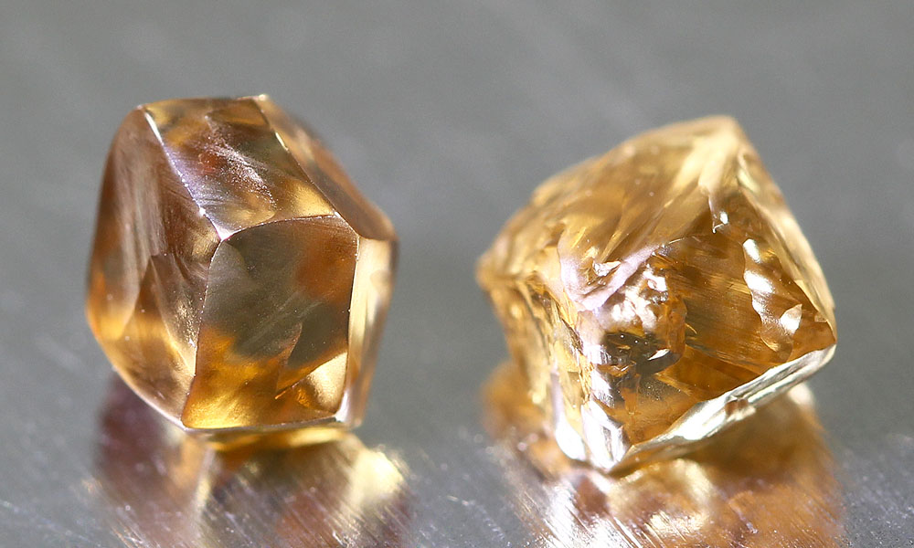 Cutting Fancy Color Diamonds – Vintage vs. Modern Designs