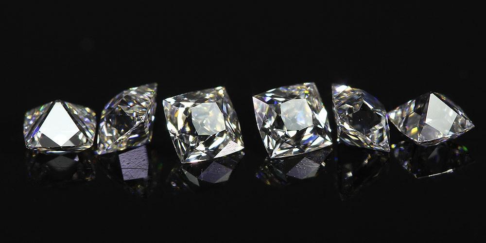 Line of miniature Peruzzi Diamonds™