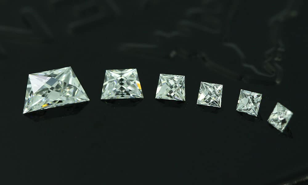 French Cut Diamonds Calibré Sets